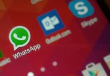 WhatsApp beta app Siri integration with WhatsApp