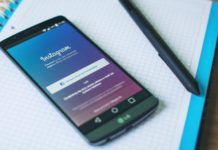 Instagram auto in-app text translation