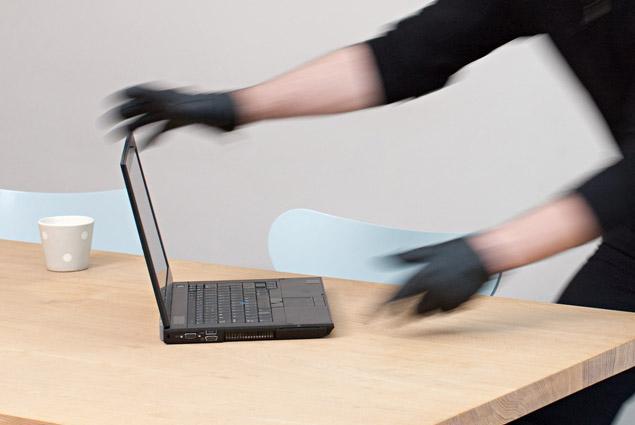 microsoft-patent-laptop-theft
